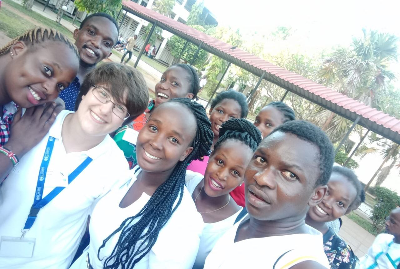 ssDNAfrica came back to Pwani University in 2018 to run the GRP workshops with a twist: peer-lead team learning. With this approach, the students drove their own learning while making it possible  for more than 100 pupils to take part.